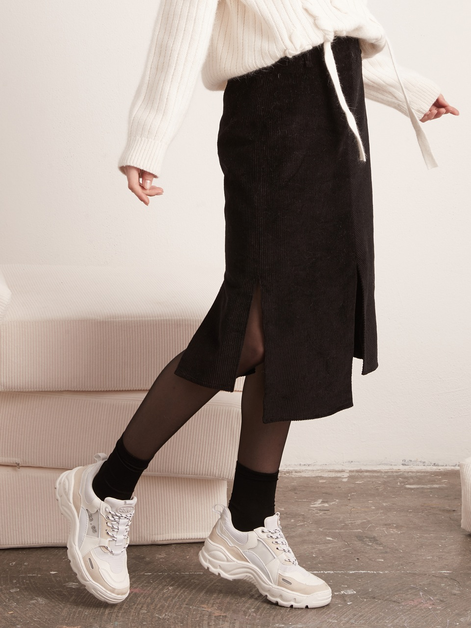 Slit Skirt - Corduroy - Black