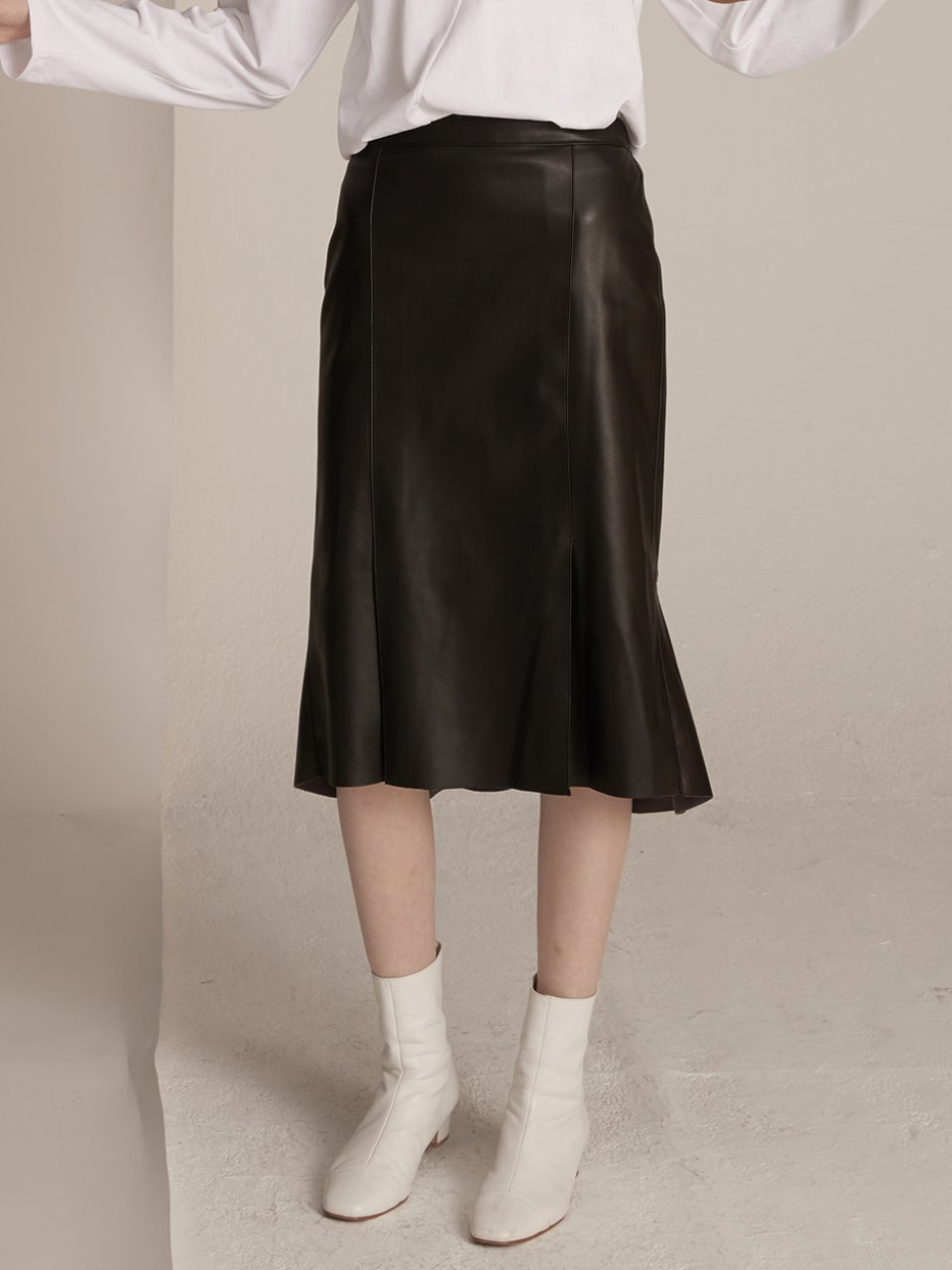 Reversal Mermaid Skirt - Leather Black