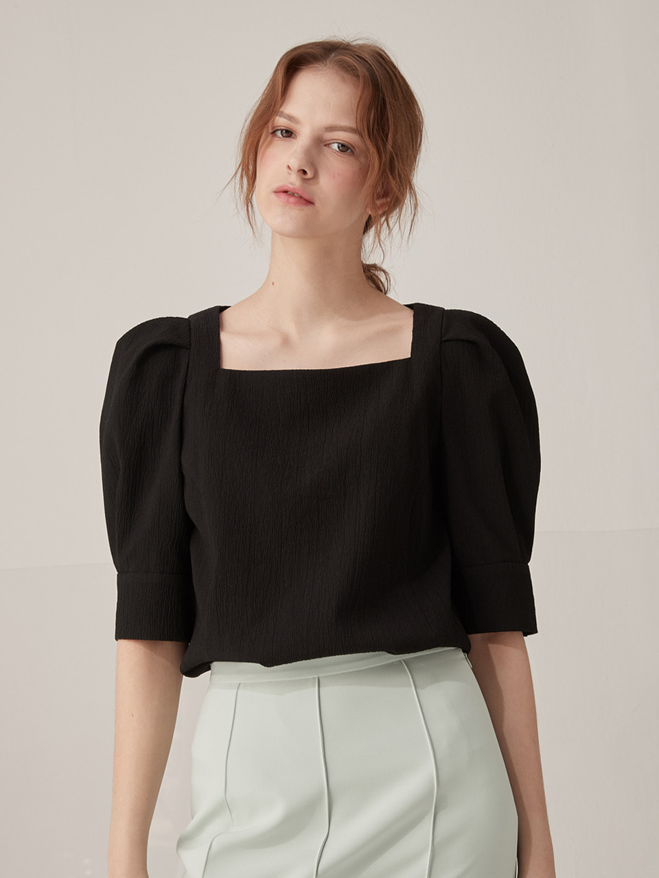 Square neck puff blouse - Black