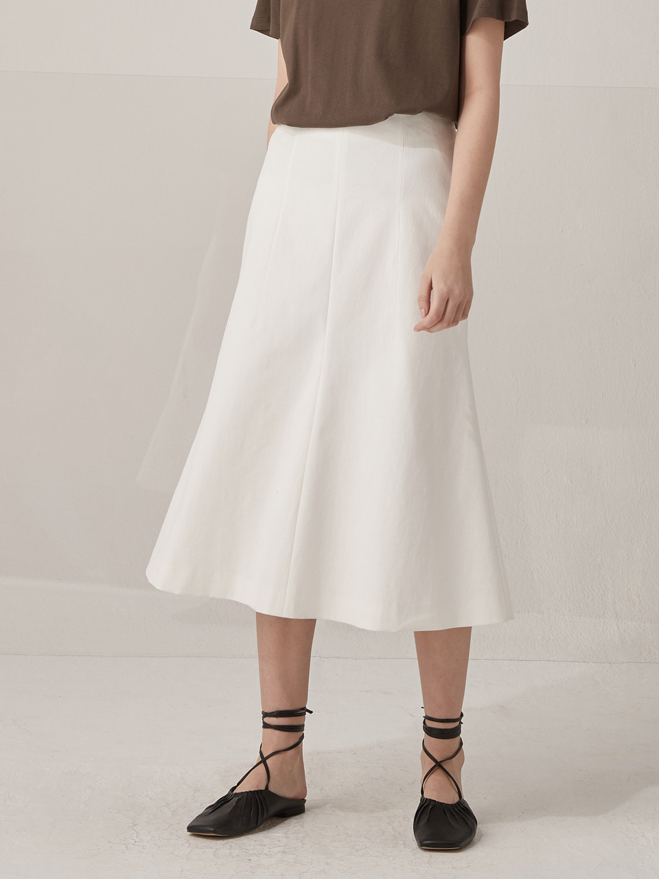 Dart mermaid skirt - White