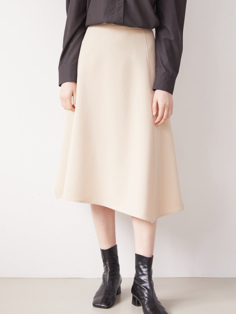 A-line flare skirt - Cream beige