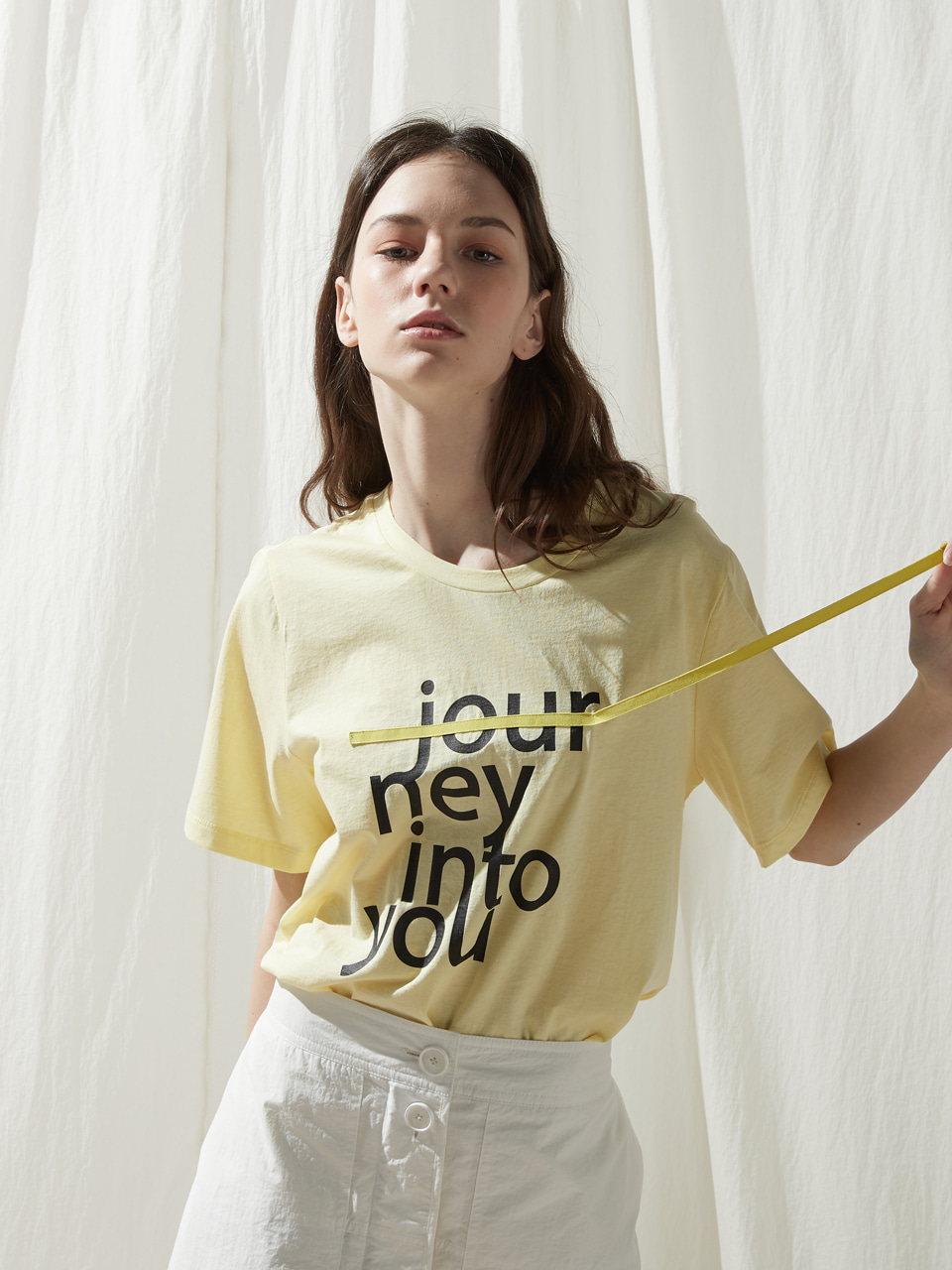 Journey tee - Light yellow