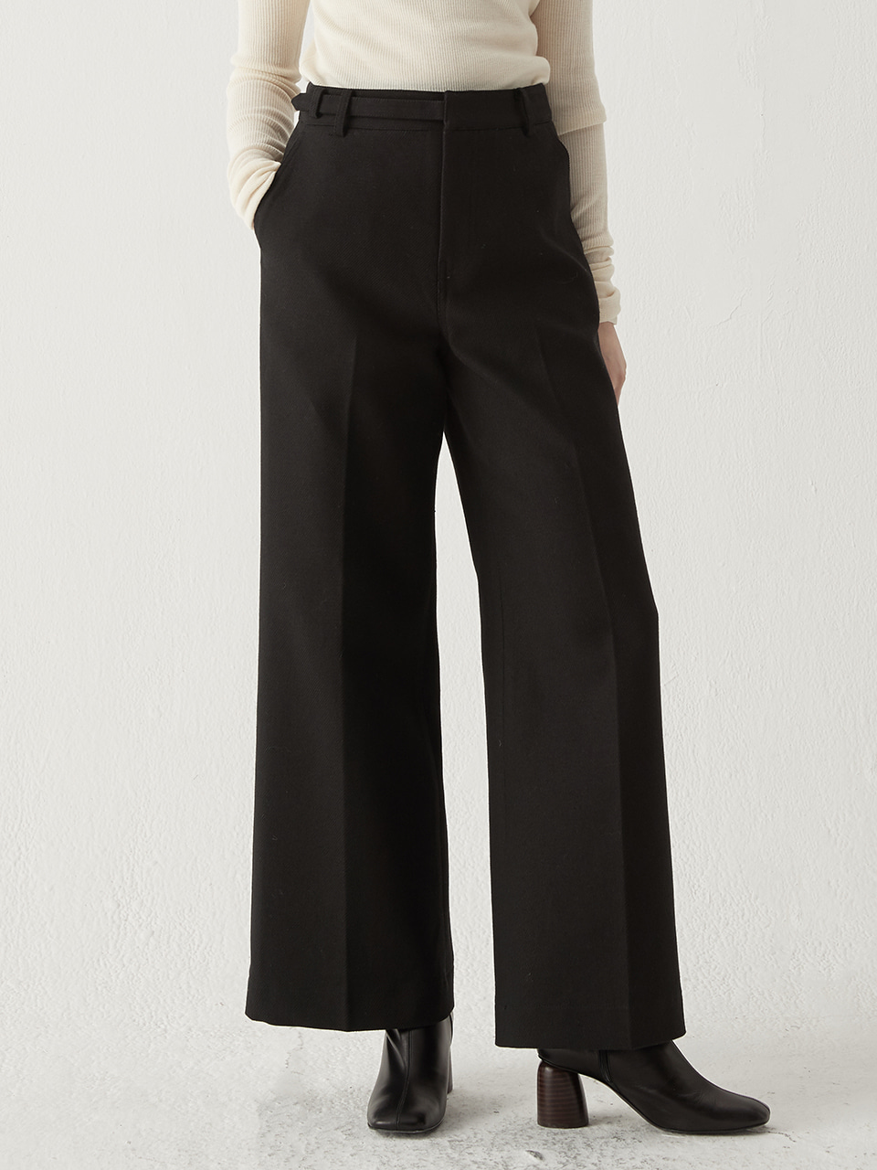 Belted wide trousers - Black
