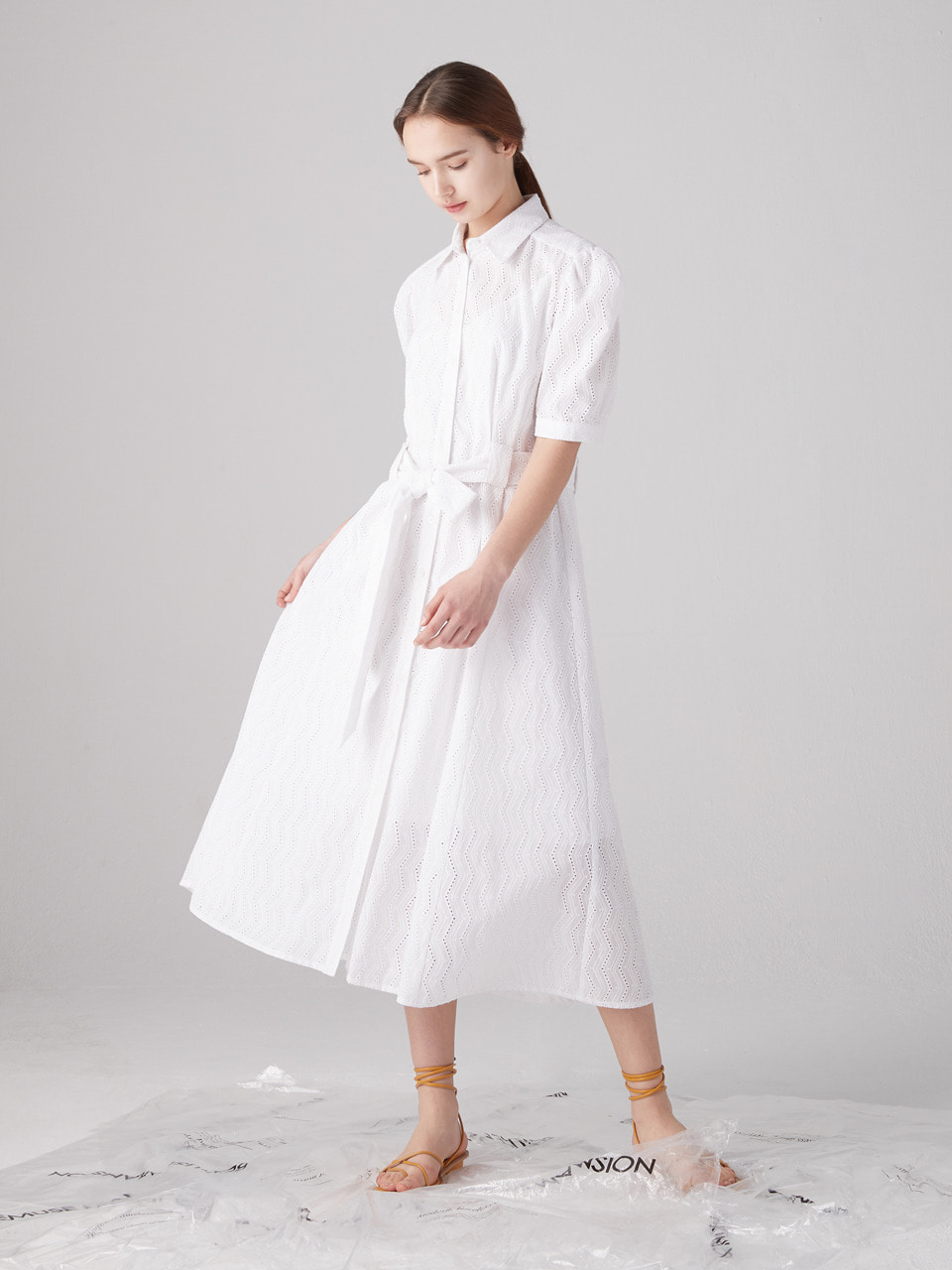 Eyelet shirts dress - White