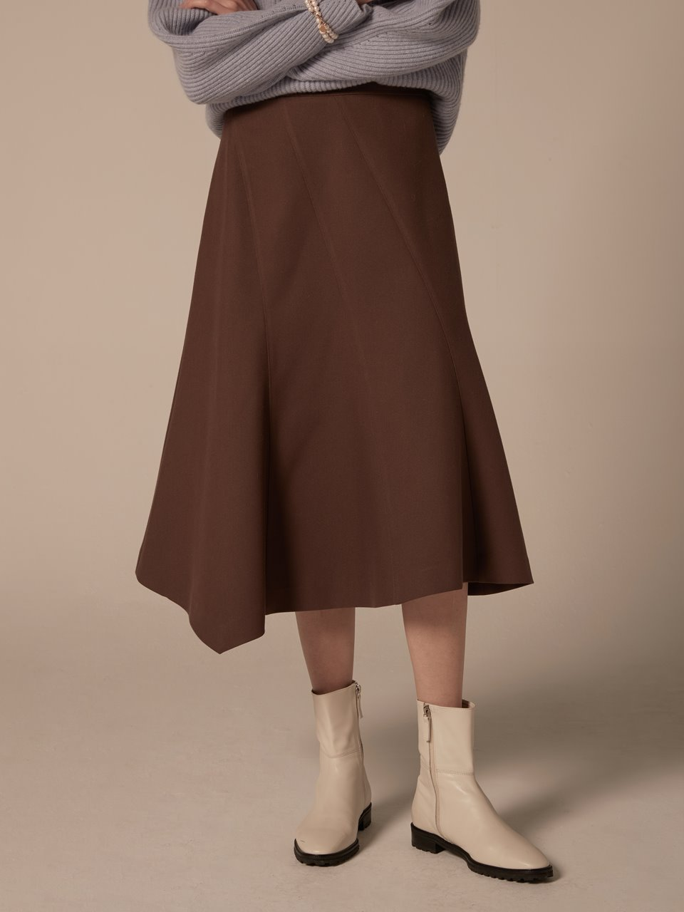 Diagonal cut skirt - Brown