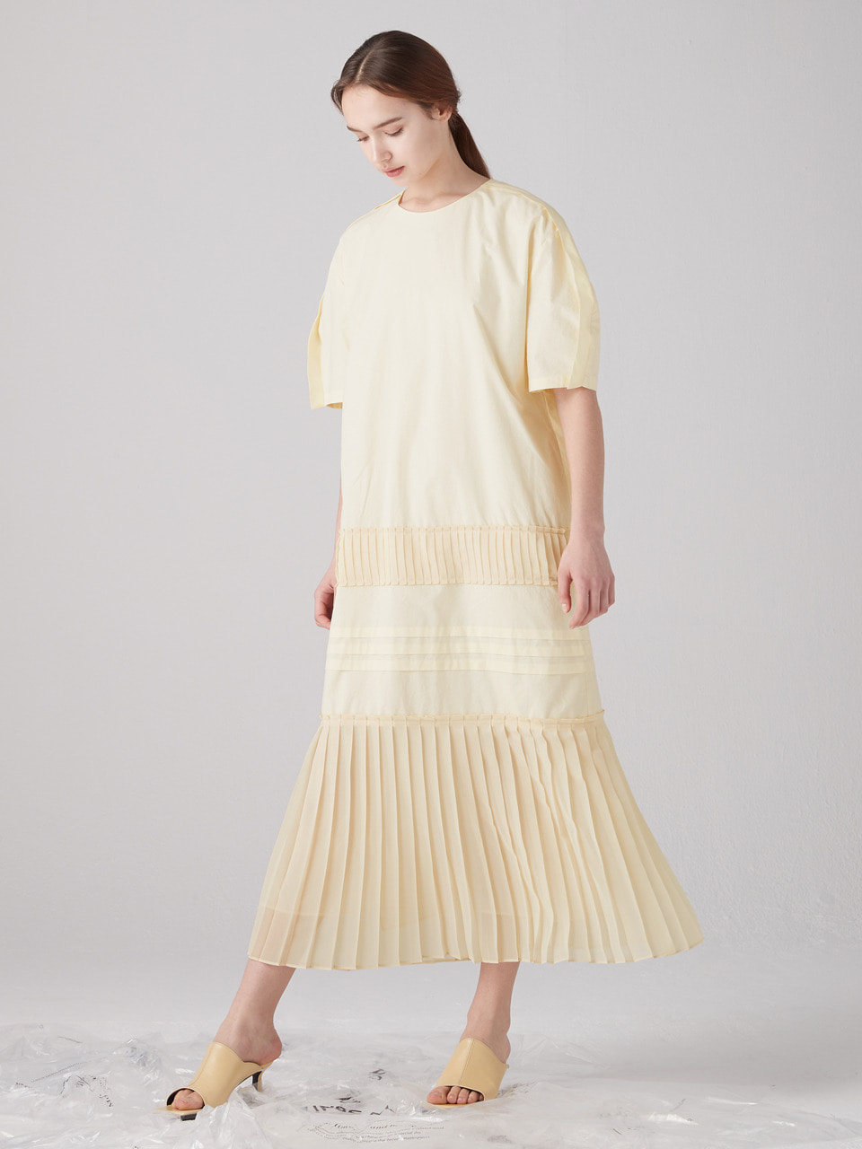 Muse pleats dress - Light yellow