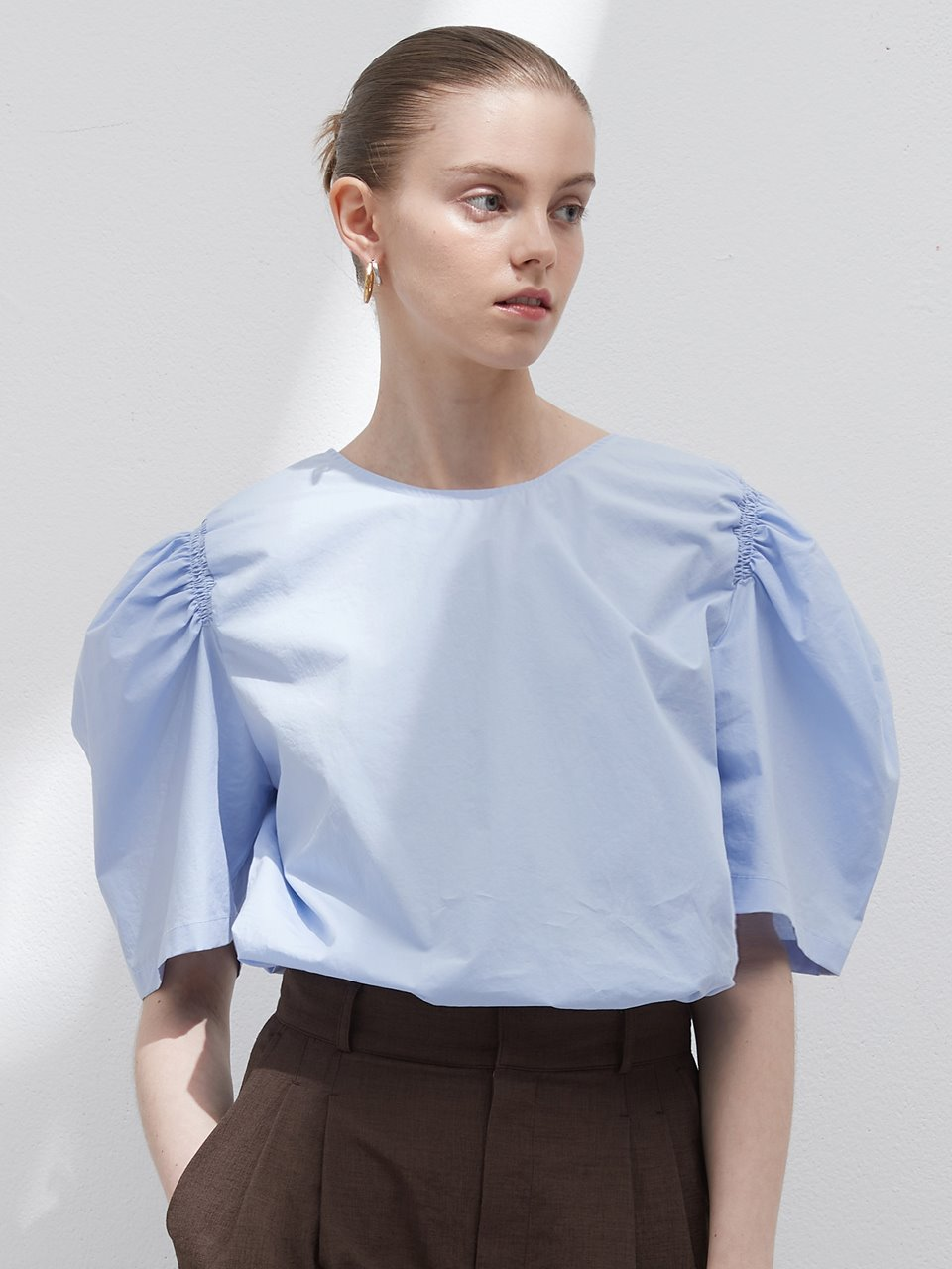 Shirring puff blouse - Sky blue